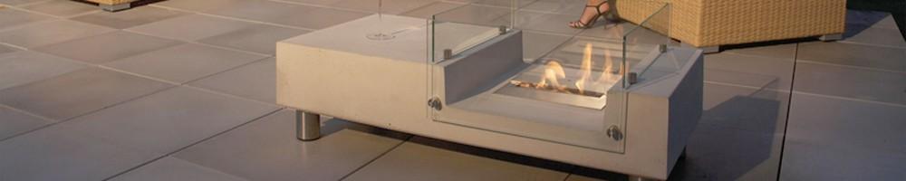Udendørs biopejs indbygget i bord